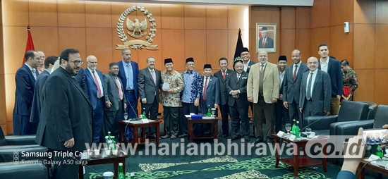 Demokrasi Indonesia Dipelajari Organisasi Parlemen Muslim Dunia