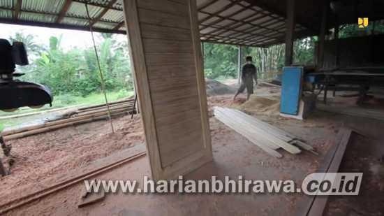Basuki Hadimulyono: Bambu Laminasi, Alternatif Pengganti Kayu