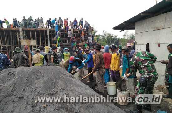 Kodim 0812 Lamongan Terus Gencarkan Karya Bakti di Desa