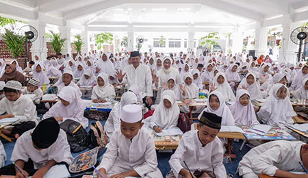 Wali Kota Launching Gerakan 3.500 Penulis Alquran