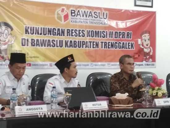 Reses, Komisi II DPR RI Kunjungi Bawaslu Kabupaten Trenggalek