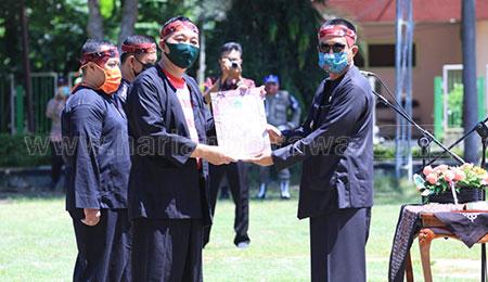 Waspada Covid-19, Bupati Pamekasan Lantik Pejabat Eselon II dan III di Lapangan Nagari Bhakti