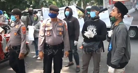 Gagal Semprot Virus Korupsi, Pendemo Diamankan