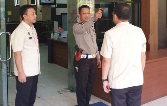 Wajib Pajak Beralih ke Layanan Online, Pengunjung Samsat Berkurang 40 Ribu Per Hari