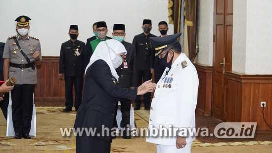 Gubernur Khofifah Indar Parawansa Lantik Santoso Menjadi Wali Kota Blitar
