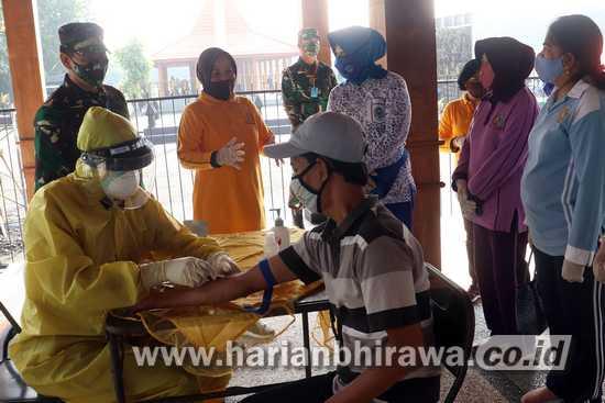 Kodam V/Brawijaya Lakukan Rapid Test pada 250 Warga Surabaya
