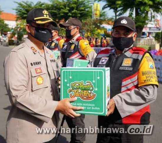 Polres Madiun Kota Bagikan 1.518 Paket Sembako