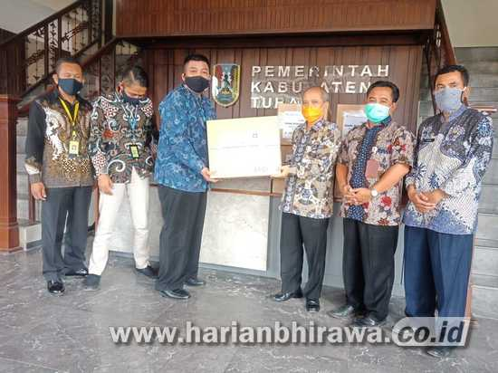 Bank Bukopin Bantu APD ke Pemerintah Kabupaten Tuban