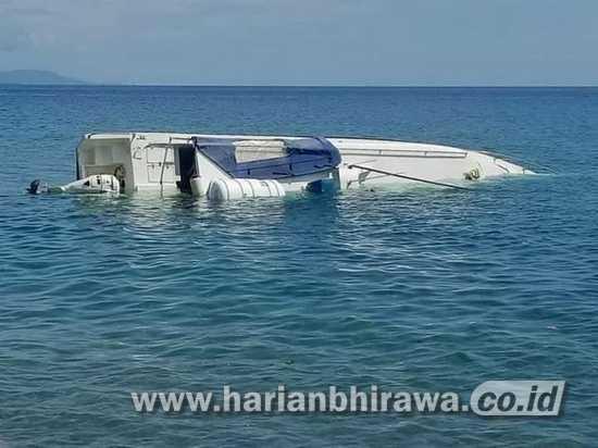 Kapal Motor Bantuan Kementerian Desa-PDTT Karam di Pasput Situbondo