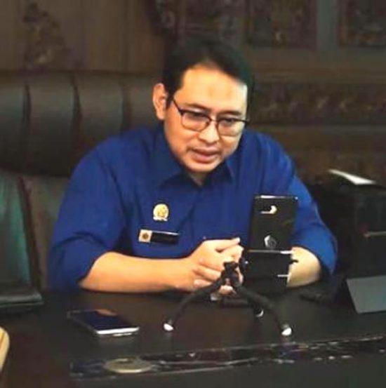 Pasien Covid-19 Sembuh, Bupati Nganjuk Ajak Video Conferens