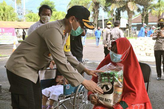 Tiga Kecamatan di Luar Kota Batu Ikut dapat Jatah Sembako Polresta