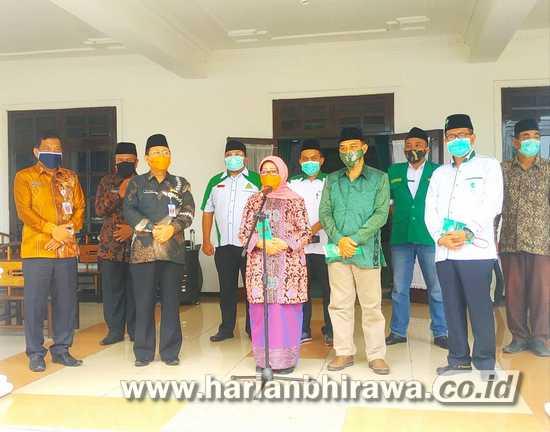 Bupati Mundjidah Wahab Launching Mobil Edukasi COC Milik NU Jombang
