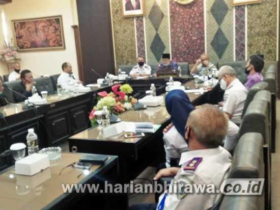 Sopir Angkot Tagih Bantuan JPS Terdampak Covid-19