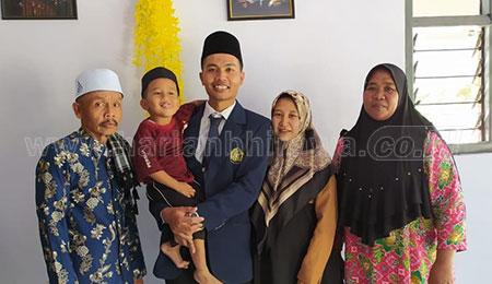 Achmad Khumaidi, Peraih Gelar Doktor Usia Muda Asal Situbondo