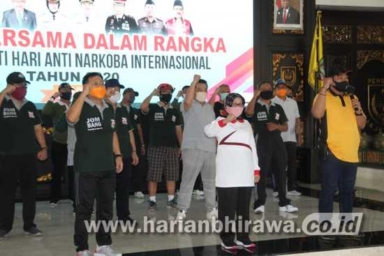 Bupati Jombang Peringati Hari Anti Narkotika Internasional dengan Senam