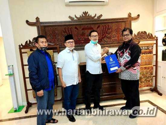DPP PAN Keluarkan Rekom ke Yuhronur-Kyai Ro'uf di Pilkada Lamongan