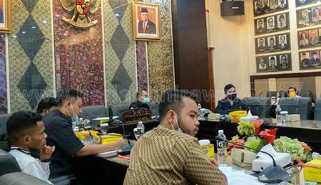 Mahasiswa Pertanyakan Komitmen DPRD Jatim Dalam Mengawal Kompensasi UKT/SPP