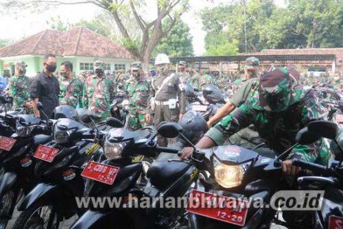 Tim Pengkaji Korem 082/CPYJ Periksa Kendaraan Bantuan Pemkab Jombang