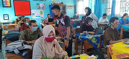 Pendidik SMP Dilatih Akselerasi Digital Pembelajaran