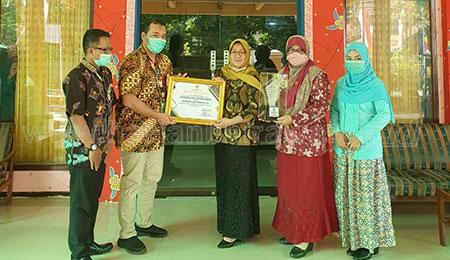 Situbondo Juara II Terbaik Penghargaan Pembangunan Daerah se-Jatim