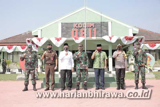 Pangdam V/Brawijaya dan Bupati Tuban Bahas Penanganan Covid-19