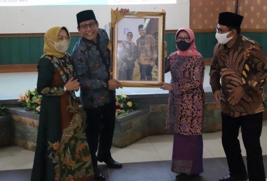 Bupati Jombang Paparkan Progres Pembangunan pada Mendes-PDTT