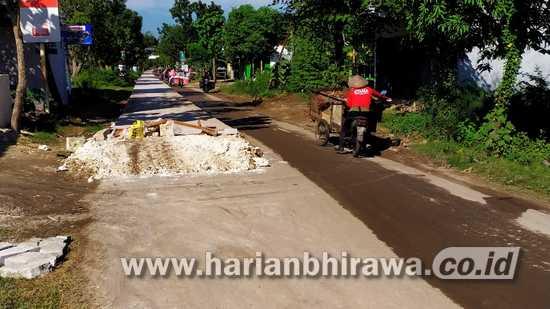 Pemkab Bojonegoro Anggarkan Rp 488,4 M untuk Bangun Jalan Cor