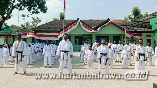 Koramil 0813-05/Dander Bojonegoro Rutin Gelar Pelatihan Beladiri