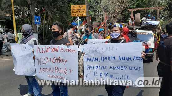 Seniman Kabupaten Malang Gelar Aksi Tuntut Diizinkan Kembali Berkarya