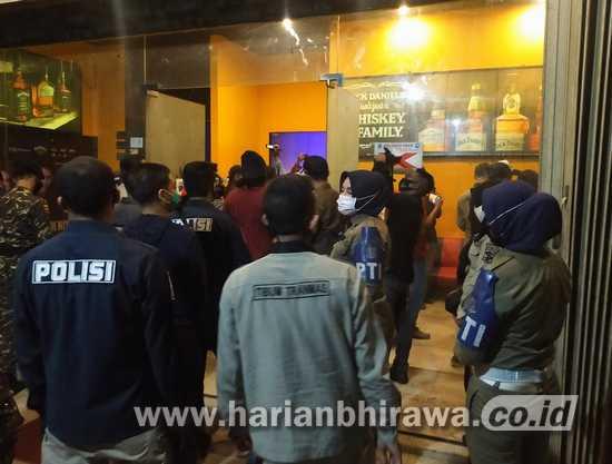 Pemkot Surabaya Cabut Izin Tempat Hiburan Malam Langgar Perwali