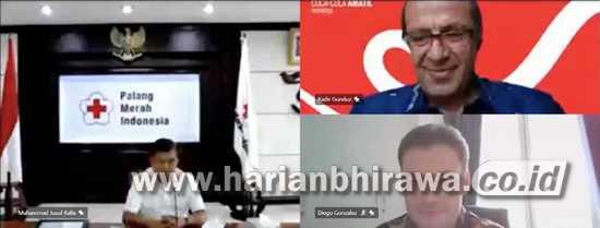 Coca-Cola Serahkan Bantuan Satu Unit Ambulans ke Palang Merah Indonesia