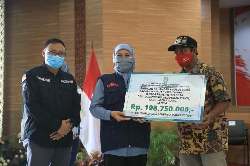 Gubernur Kucurkan Rp 23,725 Miliar untuk Pemberdayaan Usaha Perempuan di Jawa Timur