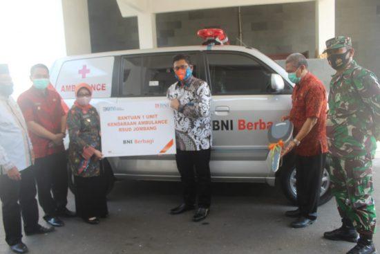 RSUD Jombang Terima Bantuan Mobil Ambulan dari BNI
