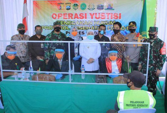 "Gubernur Jatim Launching ""Nadirotan"" Tim Penegak Disiplin Protokol Kesehatan"