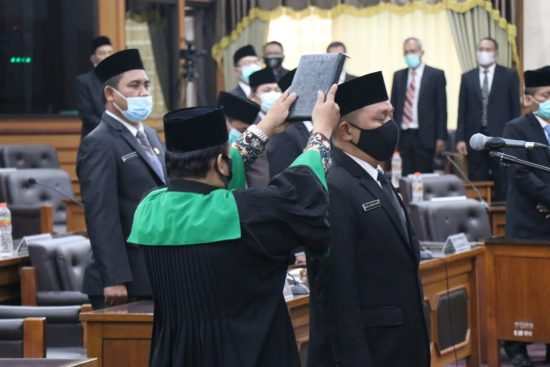 Moch Abdul Qodir Jabat Ketua DPRD Gresik