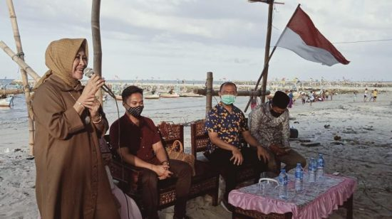 Yakin Menang, Cawabup Lamongan Astried Wahid Perhatikan Nasib Nelayan