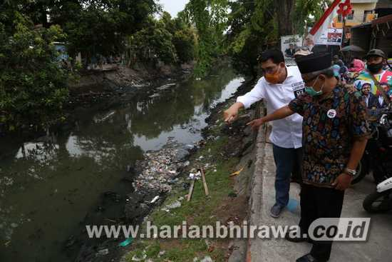 Sungai Penuh Sampah, Warga Kapas Jaya Surabaya Wadul ke Machfud Arifin