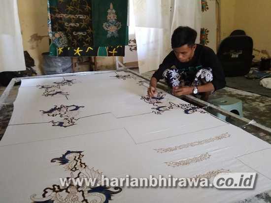 Hasil Produksi Batik Rato WMS Sumenep Terjual Hingga Luar Kota