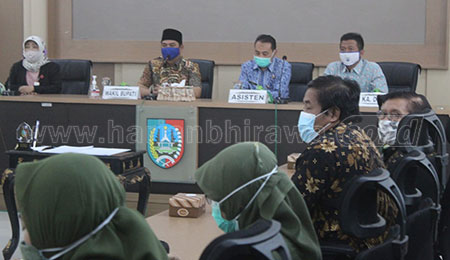 DPMD Jombang-STIE PGRI Dewantara Kerjasama Buat Sekolah BumDes