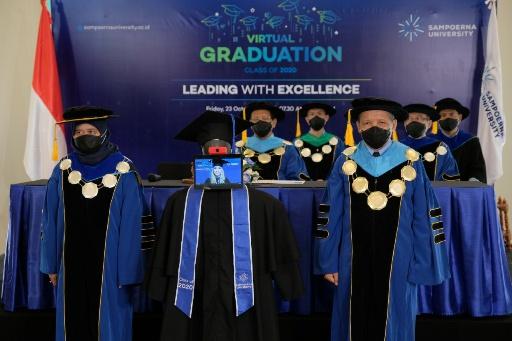 Sebanyak 69% Lulusan Sampoerna University 2020 Langsung Kerja di Perusahaan Nasional dan Multinasional