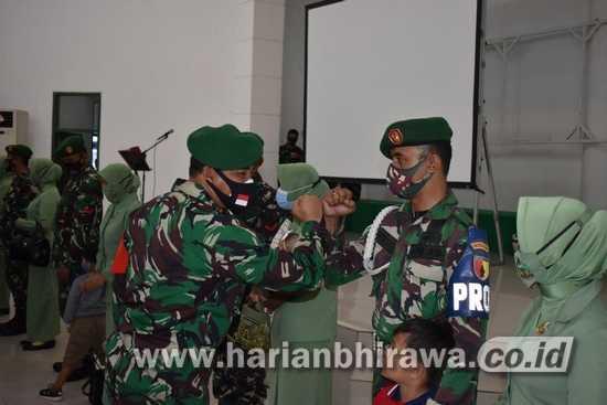 Belasan Prajurit Korem 084/Bhaskara Jaya Dihadiahi Kenaikan Pangkat