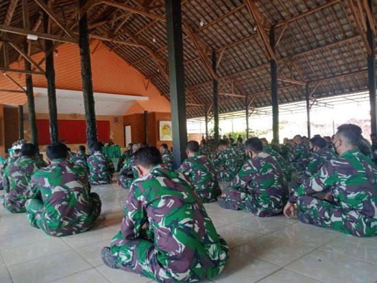 Dandim 0815/Mojokerto Ingatkan Prajurit TNI-PNS Jaga Disiplin dan Patuh Aturan