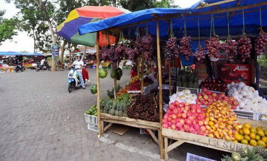 PKL Mastrip Kabupaten Probolinggo Bangun Bedak Semipermanen