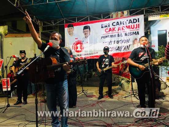 Warga Bantaran Rel Ngagel Surabaya Satukan Tekad Menangkan Eri-Armuji