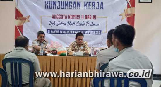 Anggota Komisi II DPR RI Johan Budi Puji Pelayanan Online BPN Ponorogo