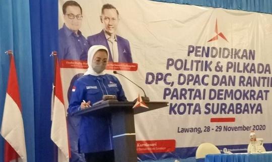 Lucy Kurniasari: Bantuan Paket BPT dan Sembako untuk Warga Terdampak Pandemi
