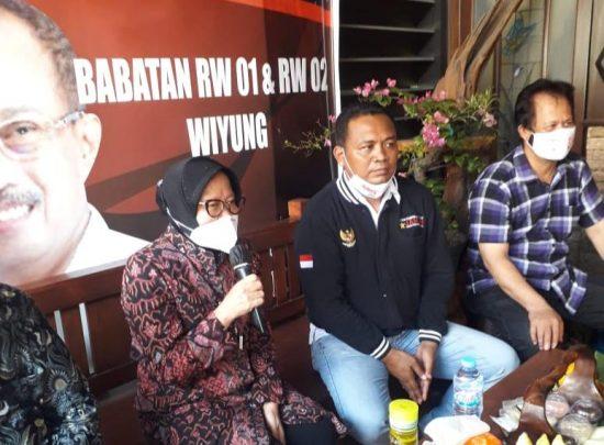 Kampanyekan Eri-Armudji, Risma Dielu-elukan Warga Surabaya