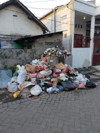 Sampah Menumpuk