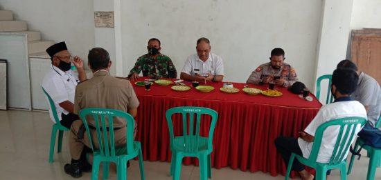 Danramil 0814/12 dan Forkopimcam Kesamben Jombang Rakor Antisipasi Banjir Tahunan