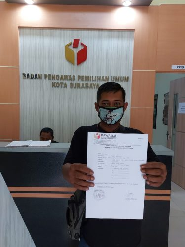Warga Surabaya Laporkan Dugaan Undangan Menjanjikan Uang Transportasi ke Bawaslu
